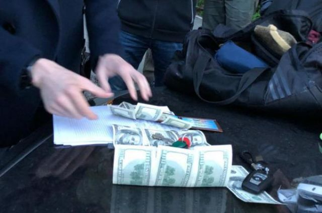 Детективы НАБУ задержали навзятке судью Голосеевского райсуда столицы