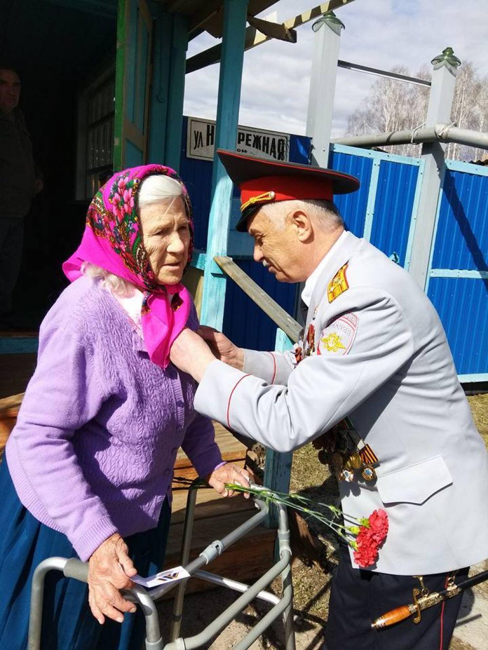 В деревне Толстихино живёт единственный ветеран Надежда Анатольевна Лысенко.