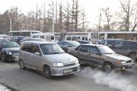 Водители увеличивают скорость на ровных дорогах.