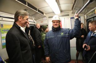 Между новыми станциями уже прошел первый поезд.