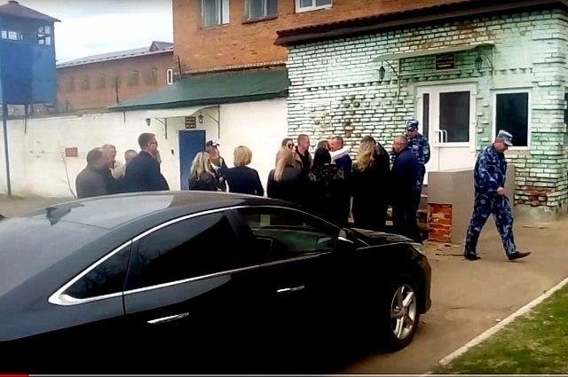СМИ поторопились выпустить насвободу брянского экс-губернатора Денина