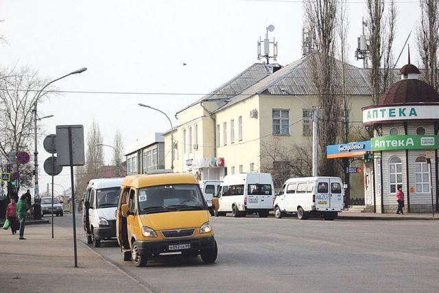 Вместо обещанных низкопольных комфортабельных автобусов предприниматели ограничились новыми «Газелями Next».