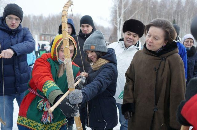 Метание тынзяна на хорей, бег на охотничьих лыжах, стрельба из лука - все это виды этноспорта.