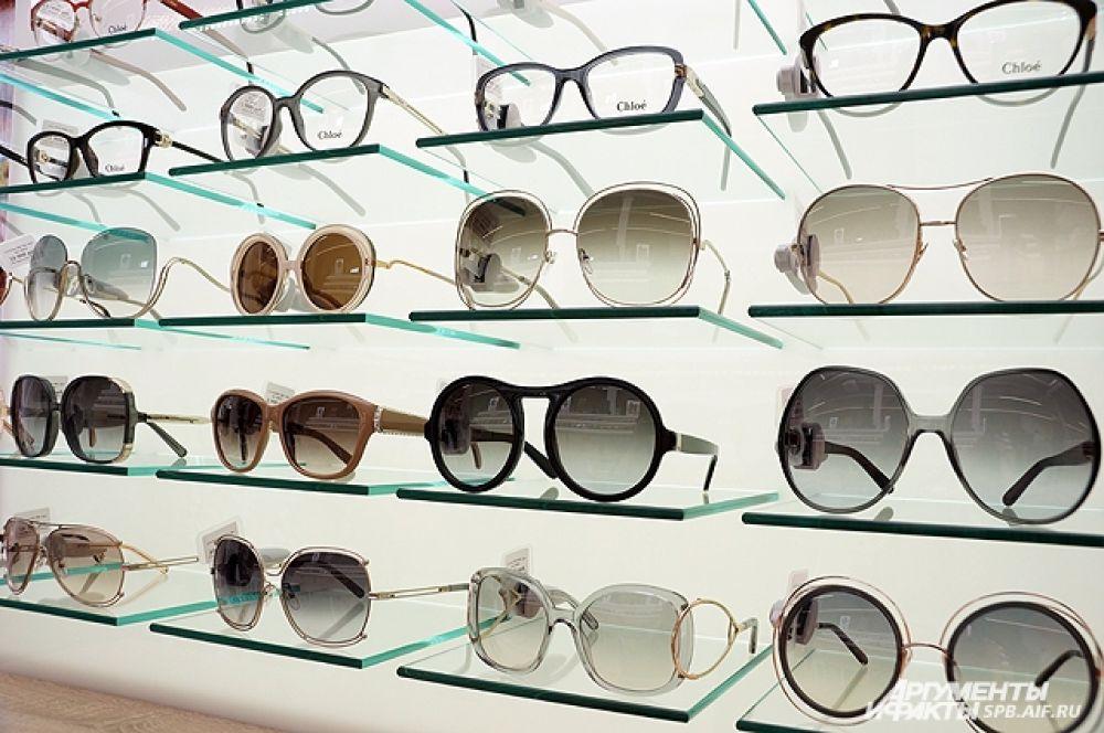 Все очки - стильные и современные.