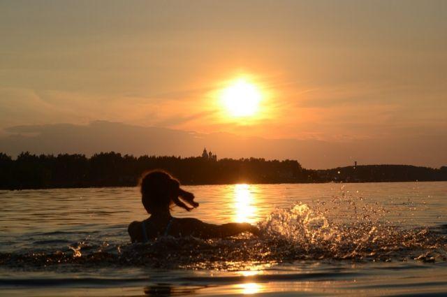 Полторы тысячи человек планируют переплыть Волгу в Нижнем Новгороде.