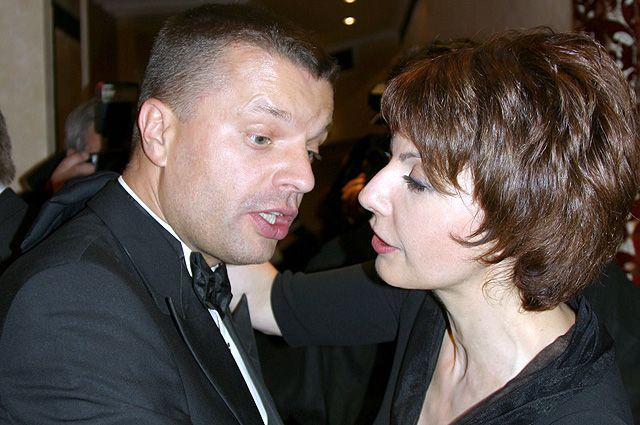 Леонид Парфенов и Татьяна Миткова на церемонии вручения Национальной телевизионной премии «ТЭФИ-2004».