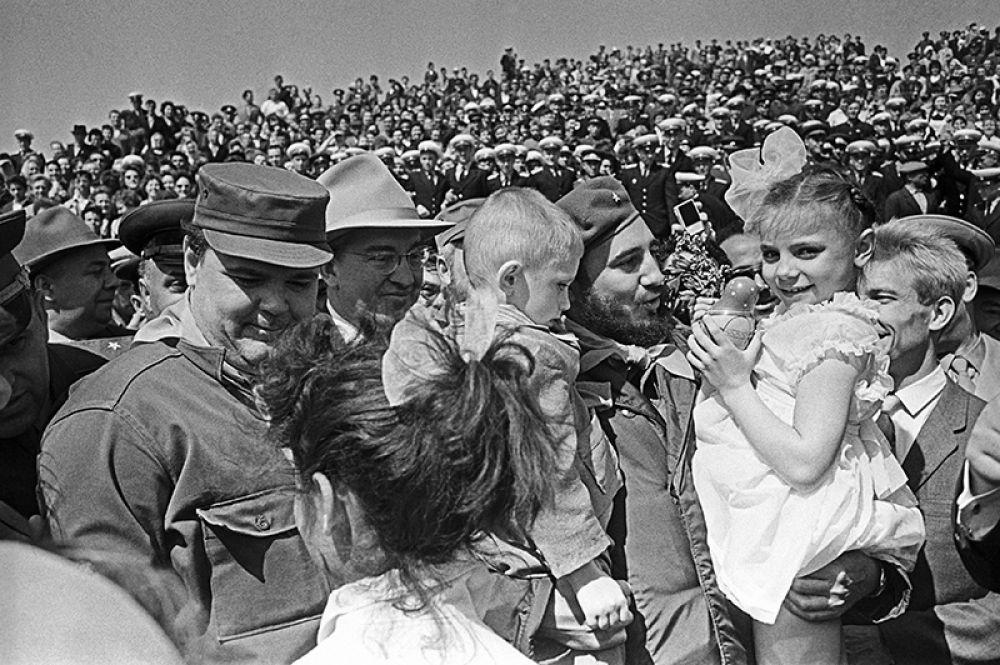 В рамках визита Фидель Кастро побывал в Волгограде.