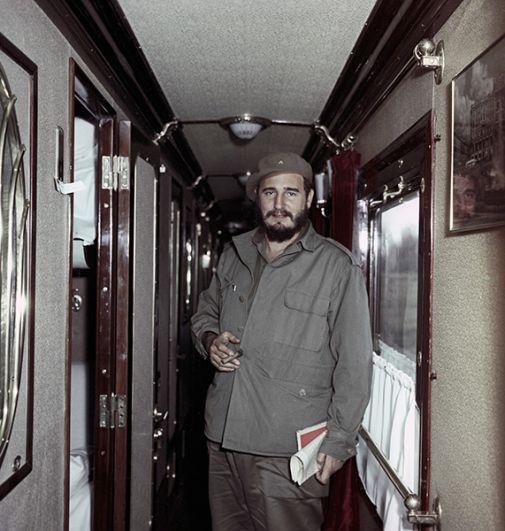 В вагоне поезда Иркутск - Братск.