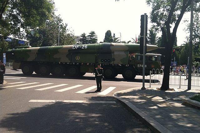 КНР принял навооружение новейшую баллистическую ракету