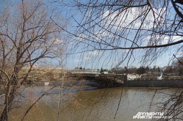 В Омске в июне завершится реконструкция Юбилейного моста.