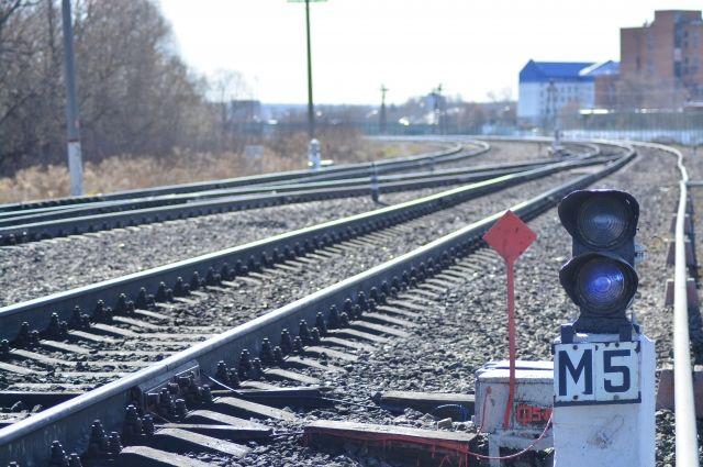 В регионе начали ремонтировать железнодорожные пути.