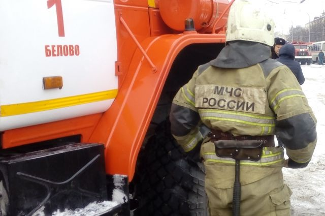 В Кемерове произошел пожар в общежитии на проспекте Ленина.