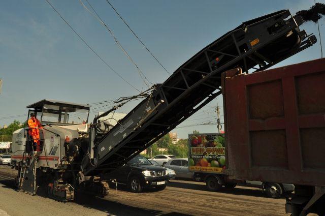В Омске дополнительно отремонтируют две автомагистрали.