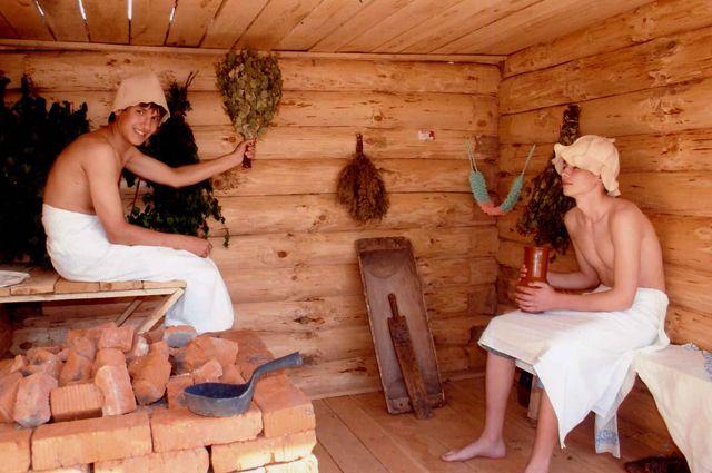 В Ялуторовске пока мужчина мылся, его обворовывал приятель
