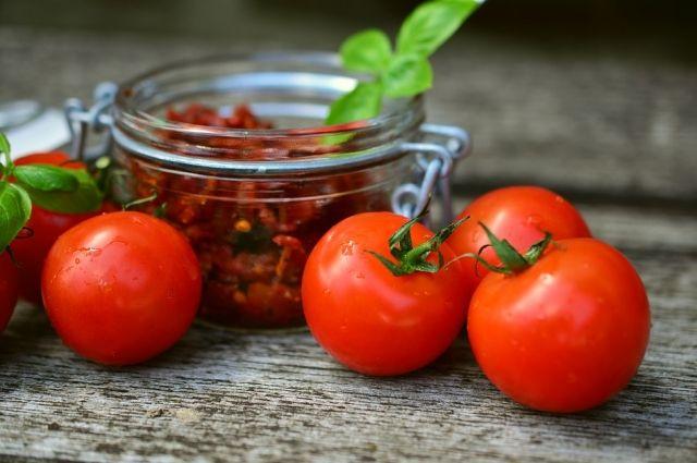 РФ сняла ограничение начисло поставщиков томатов изТурции