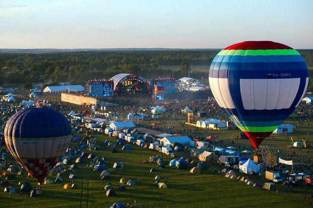 Количество посетителей «Нашествия» составляет порядка 200 тыс. человек.