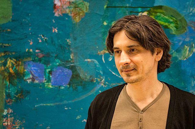 Рамин Нафиков живет на две страны - Россию и Латвию.