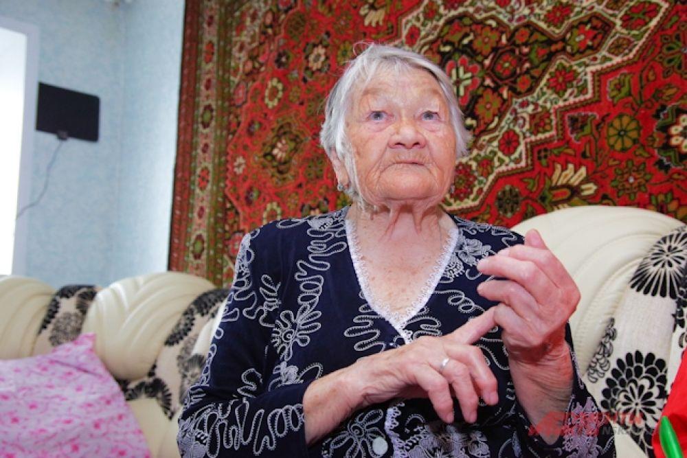 Клавдия Павловна  Власова, - труженик тыла, ребенок войны. В 1941 году ей было 9 лет. Сейчас она ежедневно проходит по 3 км. Занимается на тренажёрах.
