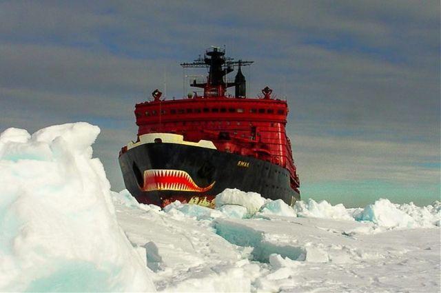 На всех действующих ледоколах организовано бесплатное посещение открытых палуб.