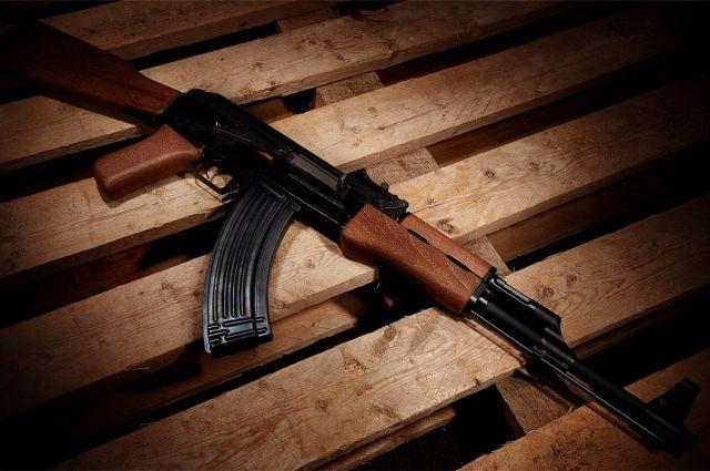 НаРовенщине в6-летнего ребенка стреляли изавтомата Калашникова