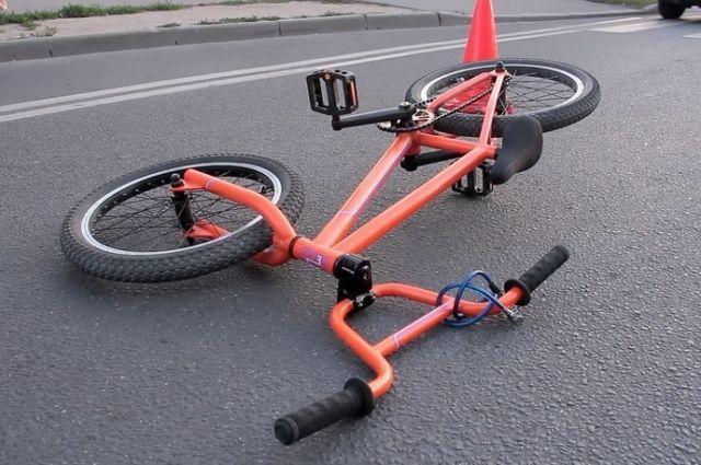Под Багратионовском водитель сбила 13-летнего велосипедиста и его пассажира.
