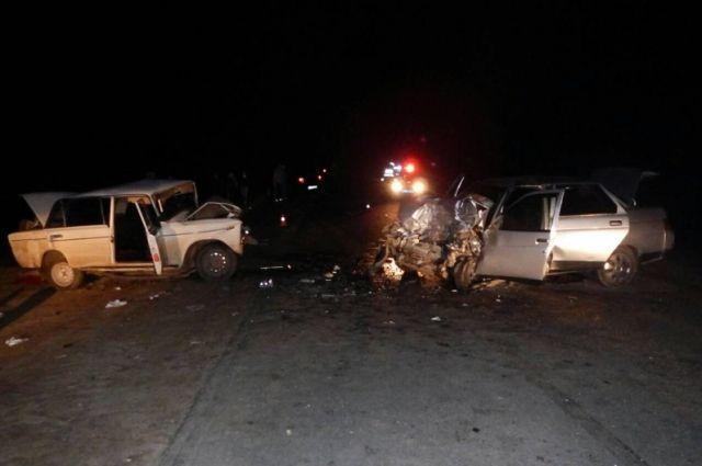 Четверо погибших: смертельное лобовое ДТП на трассе Бузулук-Грачевка.