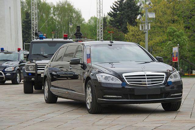 Кортеж президента РФ Владимира Путина на территории Московского Кремля, 2012 г.