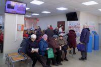 Городское управление ЖКХ и Госжилинспекцию Удмуртии завалили сотнями жалоб.