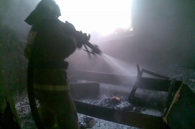 Пострадавших в пожаре нет.