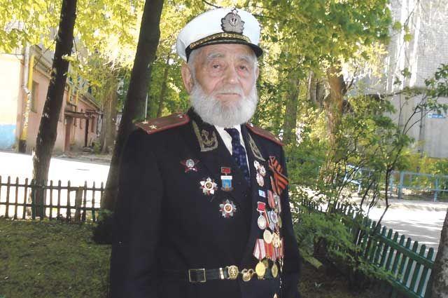 Военный фельдшер Иван Осадчук прошёл боевой путь от начала войны и до самой Победы.