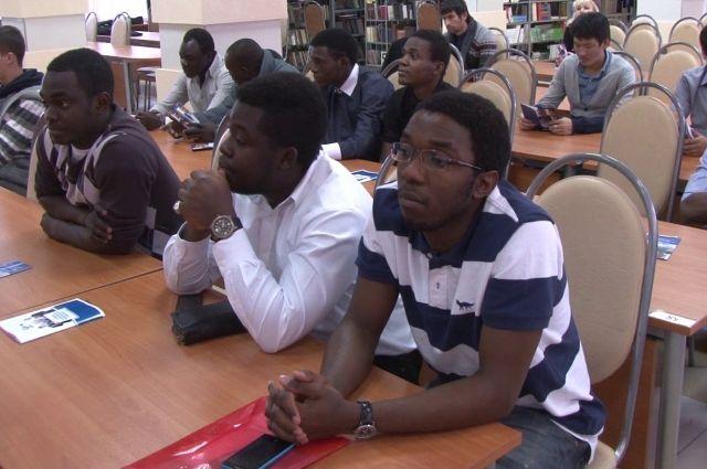 В вузах Прикамья учится более 1600 иностранных студентов из 52 стран мира.