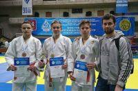 Эдуард Копылов со своими воспитанниками.