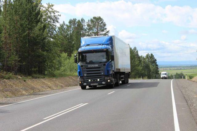 Тяжелые грузовики смогут ездить в летнее время с 22.00 до 10.00