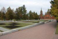 Челябинску необходимо развивать и благоустраивать центр именно как историческое место, а не «втыкать» сюда очередные офисные многоэтажки.