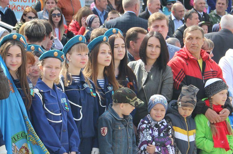 В десантные войска стремятся не только юноши, но и девушки.