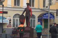 В Ульяновске полицейские выходят на митинг и перекрывают улицы