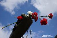 В сквере будет установлено гранитное панно «Память», основу которого как раз и составят портреты участников войны 1941-1945 годов, родственников жителей Надымского района.