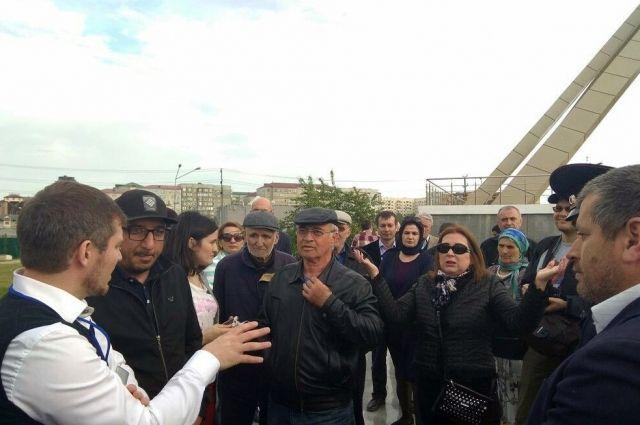 ВМахачкале полицейские задержали пятерых участников митинга против возведения храма впарке