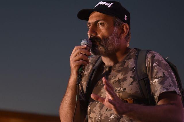 Пашинян пообещал небрать вновое руководство Армении олигархов