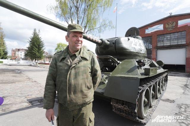 Т-34 восстанавливали по старым чертежам и фото.