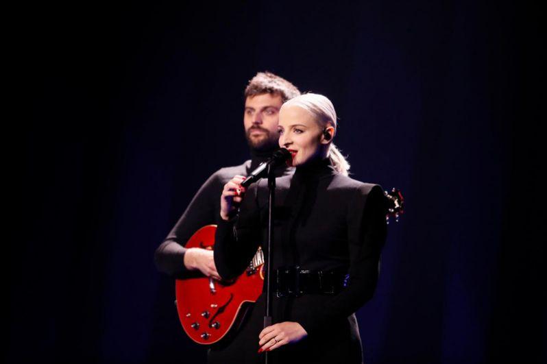 Конкуренцию им составит дуэт из Франции Madame Monsieur с песней «Mercy».