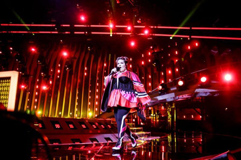 Первое место, по версии букмекеров, займет певица Нетта Барзилай из Израиля с песней «Toy».