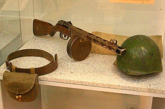 Пистолет-пулемет Шпагина.