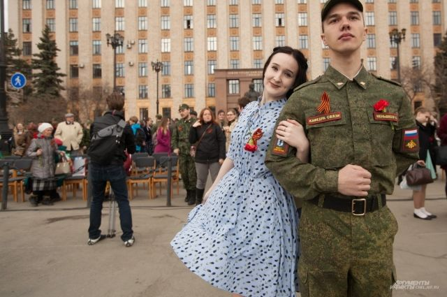 40 тыс. оренбуржцев станцуют «Вальс Победы»