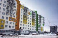 Сроки строительство шести домов опаздывают уже на три месяца.