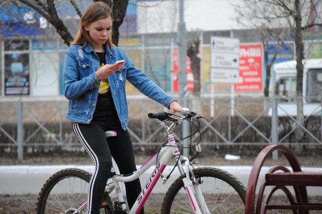 Велопрогулки в тёплое время года популярны среди горожан.