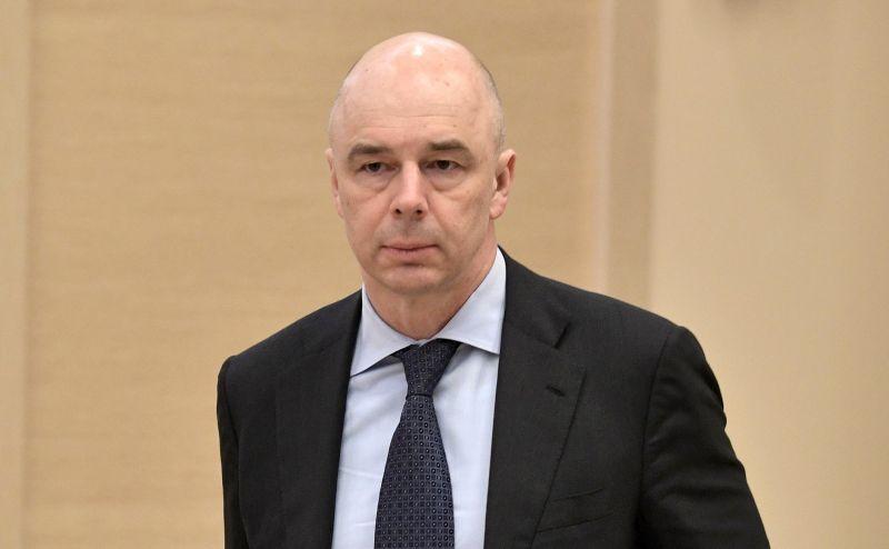 Кандидатуру Антона Силуанова Медведев предложил на пост первого вице-премьера. При этом он совместит новую должность с обязанностями министра финансов.
