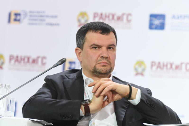 Кандидатуру Максима Акимова он предложил на пост вице-премьера по вопросам цифровой экономики, транспорта и связи.