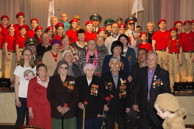 Ветераны нашли силы и пришли на встречу.
