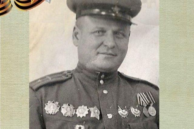 Дзержинец Михаил Колобов с честью прошёл всю войну.